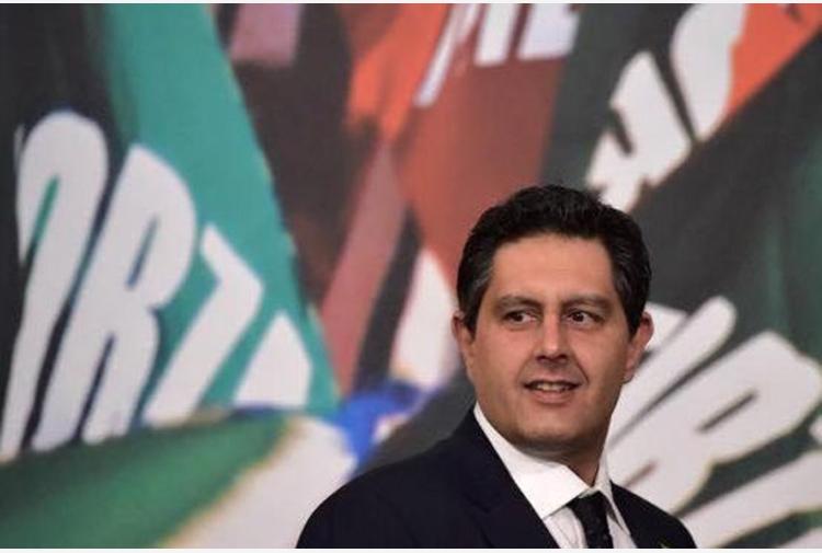 """Liguria, Toti: """"Renzi decida se darsi da fare o staccare la spina"""""""