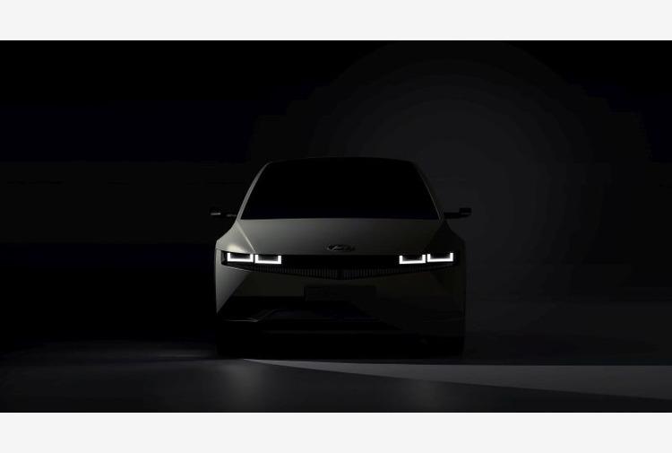 Hyundai svela le prime immagini di Ioniq 5