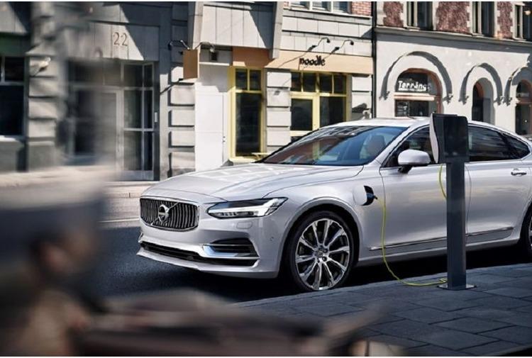 Volvo, linea credito da 1,3 miliardi per la sostenibilita'