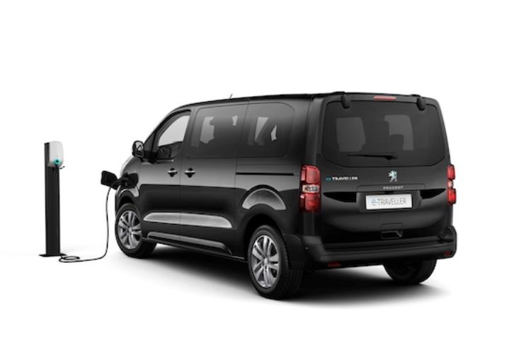 Peugeot e-Traveller: in listino due nuove versioni