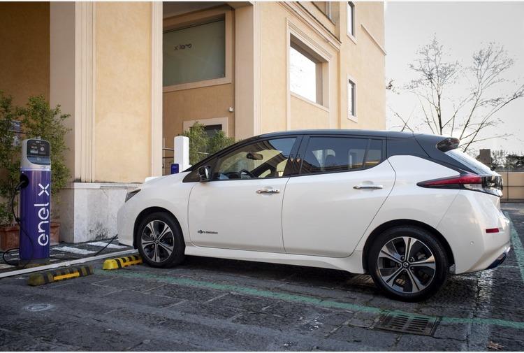 Da Nissan ed Enel nuova soluzione integrata per la mobilita' elettrica