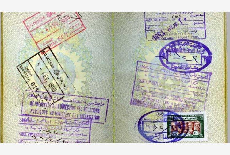 """L'idea di un """"passaporto"""" per i vaccinati divide l'Unione. E anche l'OMS ha dei dubbi"""