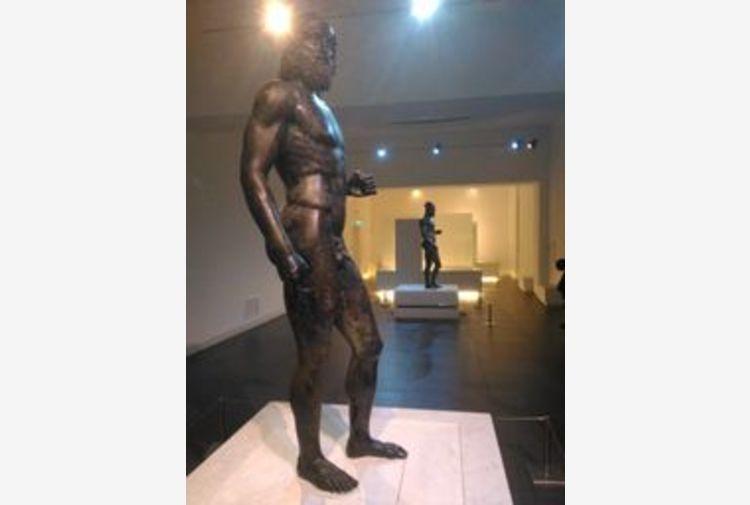 Bronzi Riace: Museo Reggio lavora per 50/mo del ritrovamento