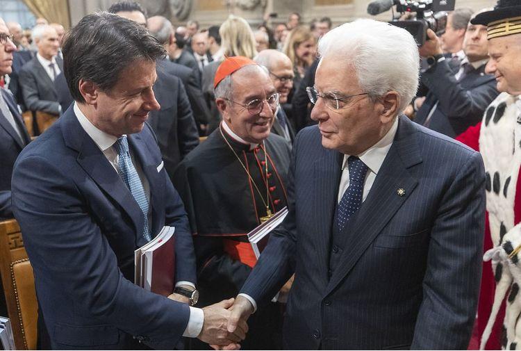 Governo, cinquanta minuti di colloquio fra  Mattarella e Conte