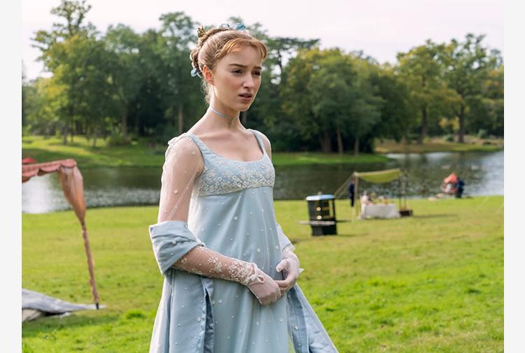 Bridgerton, da Lady Whistledown annuncio nuova stagione