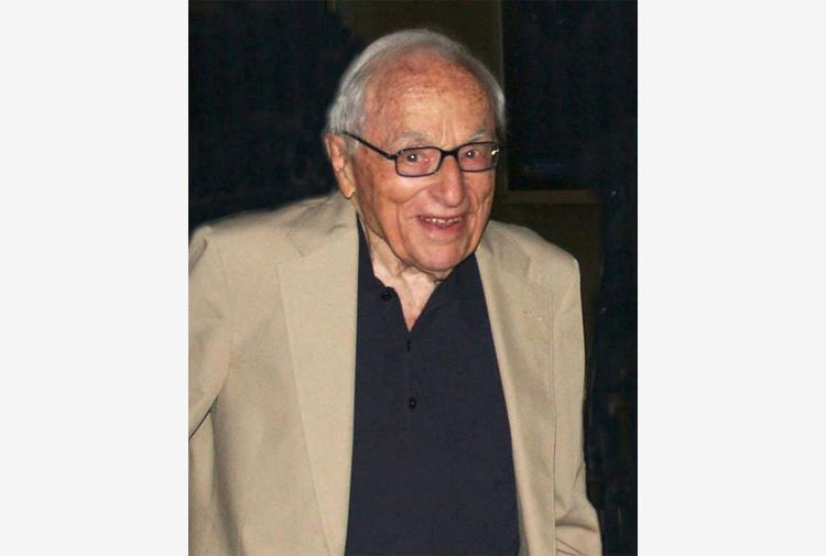 Morto a 101 anni il regista e sceneggiatore Walter Bernstein