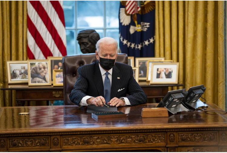 Biden, entro l'estate Usa sulla via dell' immunità di gregge