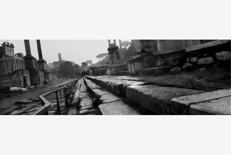 Mostre: all'Ara Pacis il viaggio nel tempo di Josef Koudelka