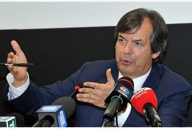 Intesa Sp, Messina: remunerazione azionisti resta una priorità