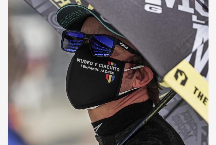 F1: Alonso investito in bici, in ospedale per controlli