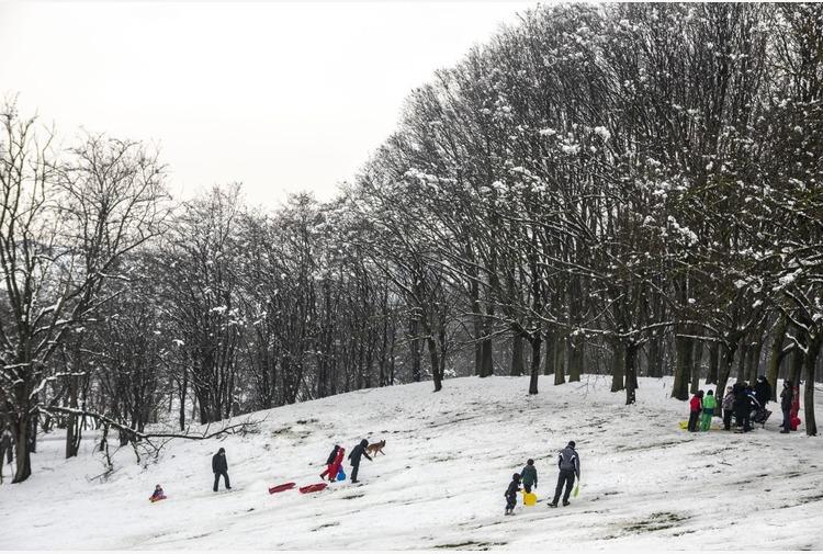 Cirio 'Danno enorme per sci, ora si passi dalle parole ai fatti'