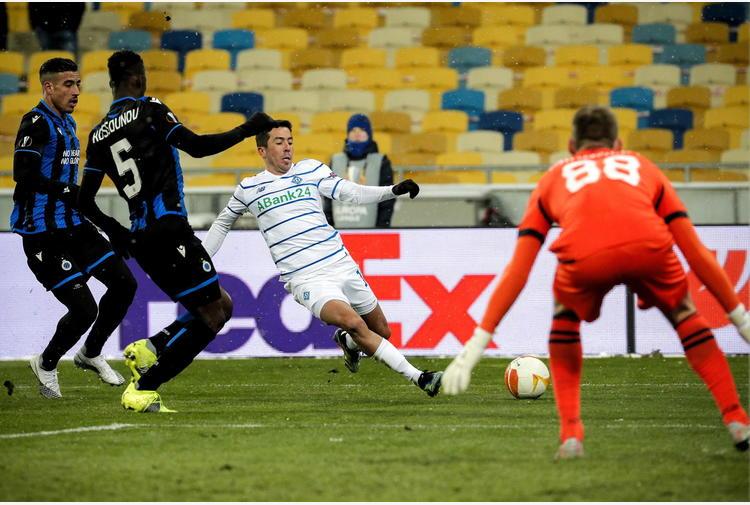 Europa League: Dinamo Kiev-Bruges 1-1, qualificazione rinviata