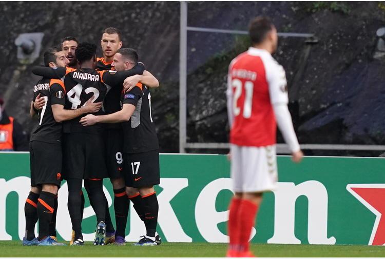 Europa League: Roma facile sul Braga, 2-0 e ottavi vicini
