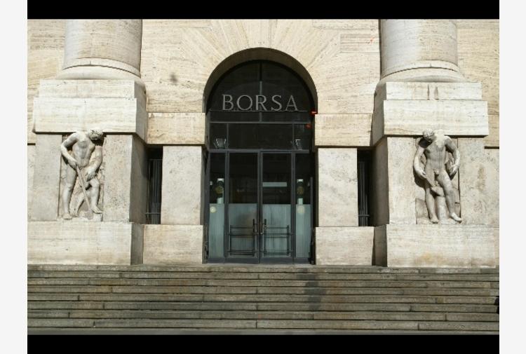 Borsa: Milano solida in linea con Europa, corre Leonardo
