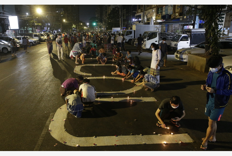Birmania: Onu, condanna per 'uso della forza letale'