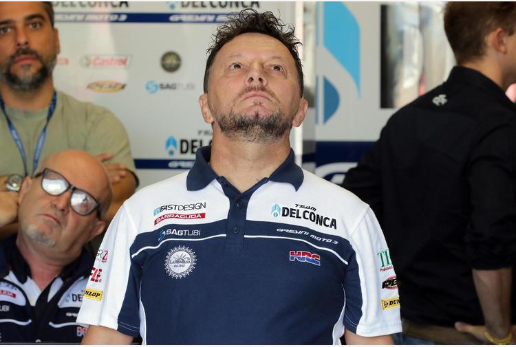 Covid, è morto Fausto Gresini: l'annuncio del team. L'ex pilota e manager aveva 60 anni