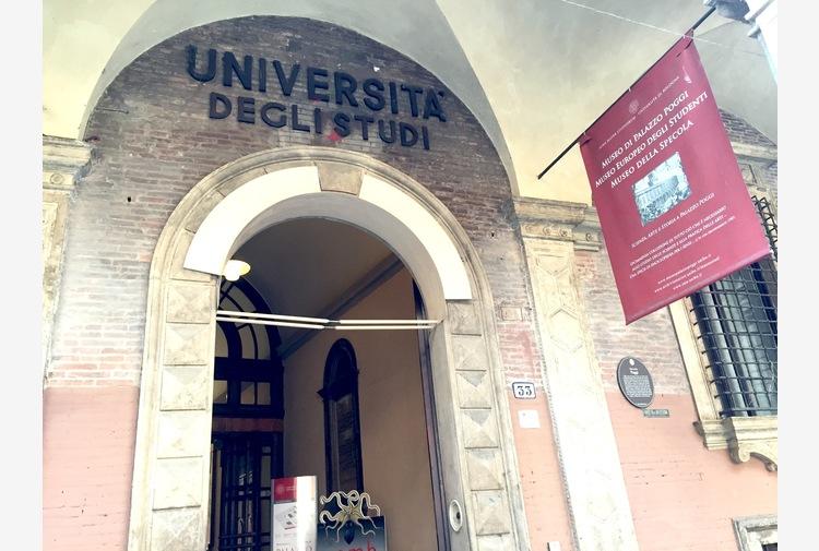 Università: a Bologna didattica 'mista' anche nel semestre