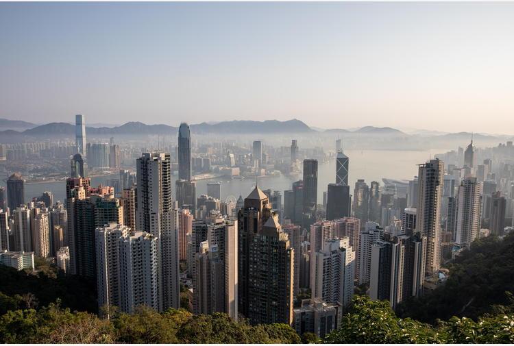 Per deputati Hong Kong obbligo giuramento patriottico a Cina