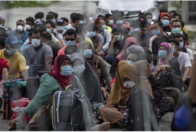 Governo Malaysia, rimpatriati 1.000 migranti Birmania