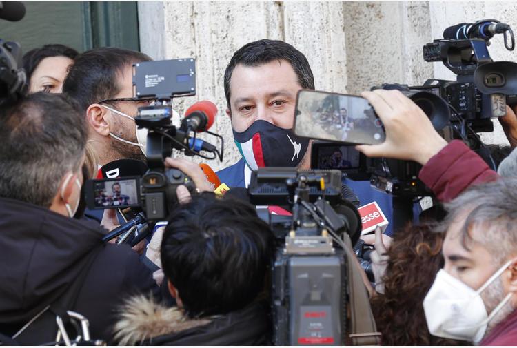 Aggressore ucciso: Salvini, taser a forze dell'ordine