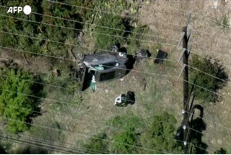 Incidente Tiger Woods, i rilievi della polizia sul luogo dove si e' ribaltata l'auto