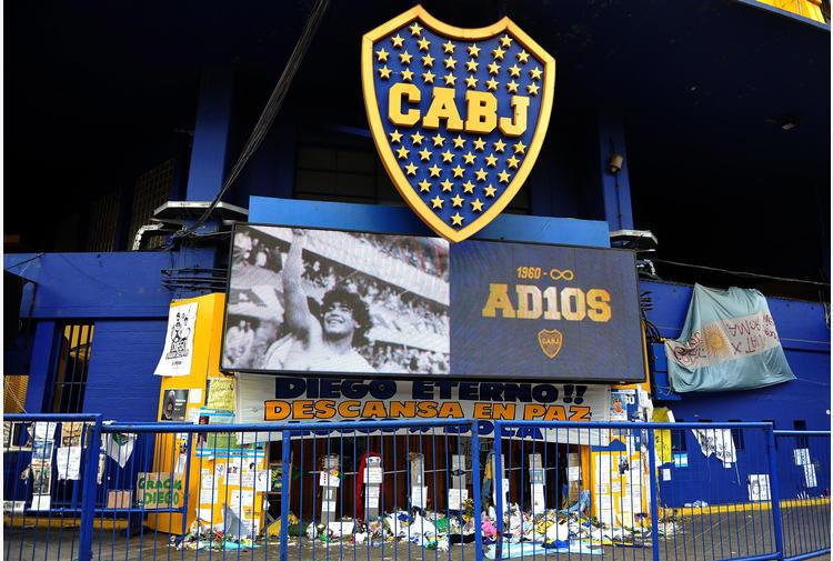 Maradona: altri due indagati in inchiesta su morte