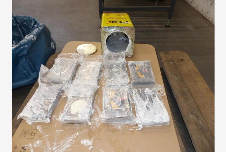 Germania, 16 tonnellate di cocaina sequestrate ad Amburgo