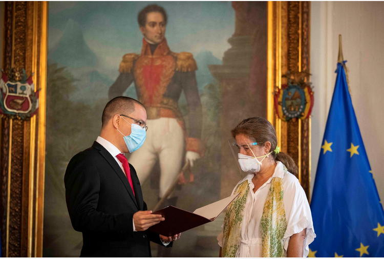 Il Venezuela espelle l'ambasciatrice Ue