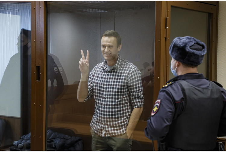 Navalny: media, per Amnesty non è più prigioniero coscienza