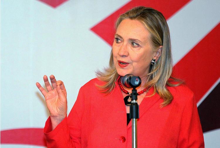 Hillary scrive un thriller politico con giallista bestseller