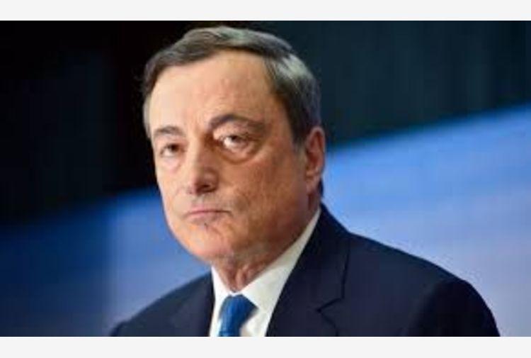 Covid, Draghi a Consiglio Ue: accelerare sui vaccini