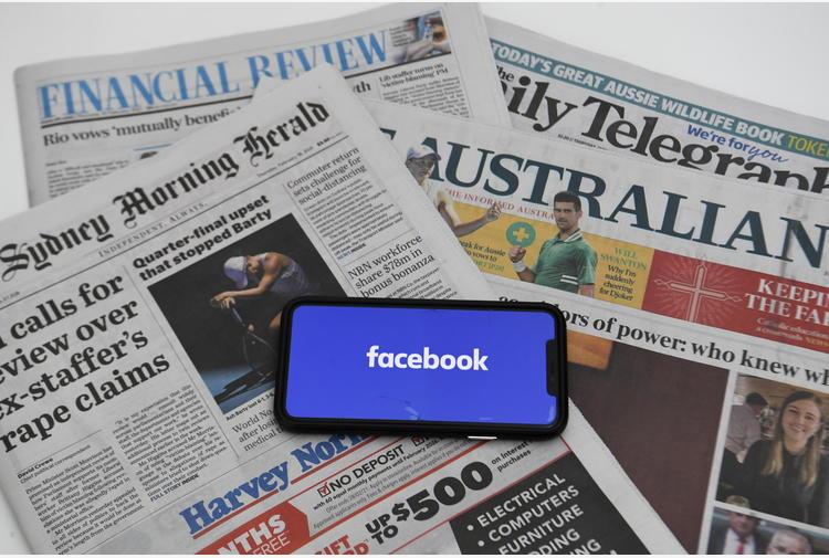 Australia adotta legge su news a pagamento per giganti web