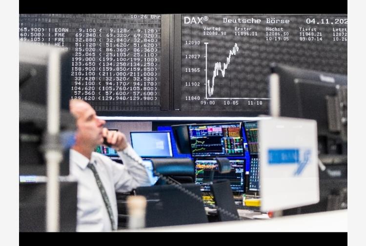 Borsa: Europa avanza con cautela, Milano si appiattisce a +0,01%