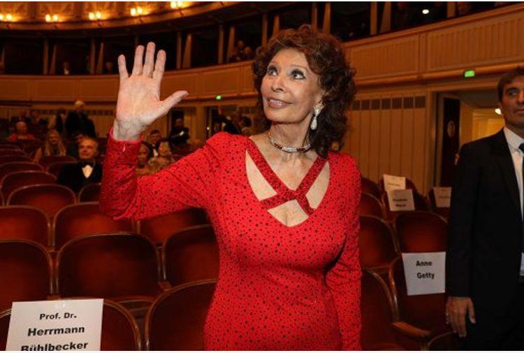 A Sophia Loren il Nastro di Platino