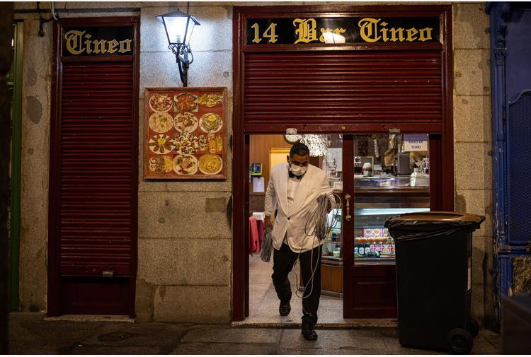 Covid: Spagna, limiti viaggi extra Ue prorogati al 31 marzo