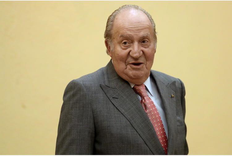 Spagna: jet privati, Juan Carlos paga 4,4 milioni al fisco