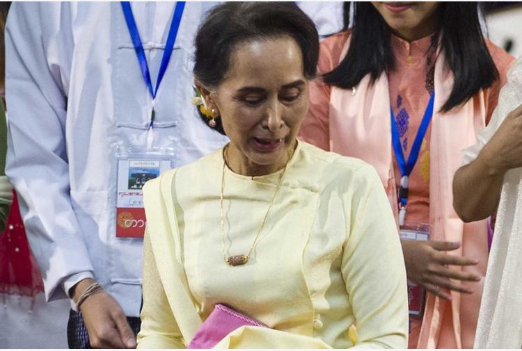 Myanmar, militari annullano risultati elezioni 2020 vinte da San Suu Kyi