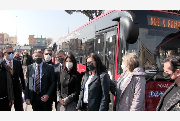 Atac e Roma Capitale presentano 6 nuovi autobus ad Acilia