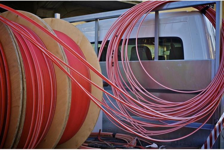 Open Fiber porta fibra a Monopoli, investimento da 5,2 mln