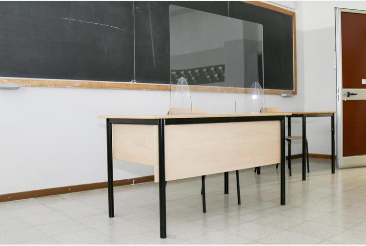 Bonaccini: se aumentano contagi chiudiamo altre scuole in E-R