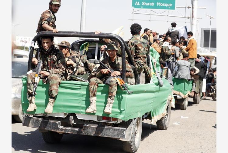 Yemen: combattimenti a Marib, 50 governativi uccisi