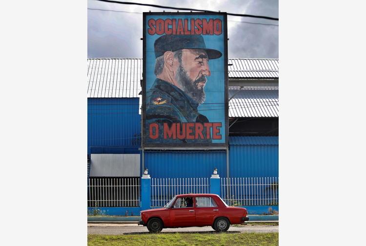 Cuba: dissidente prelevato a casa dalla polizia