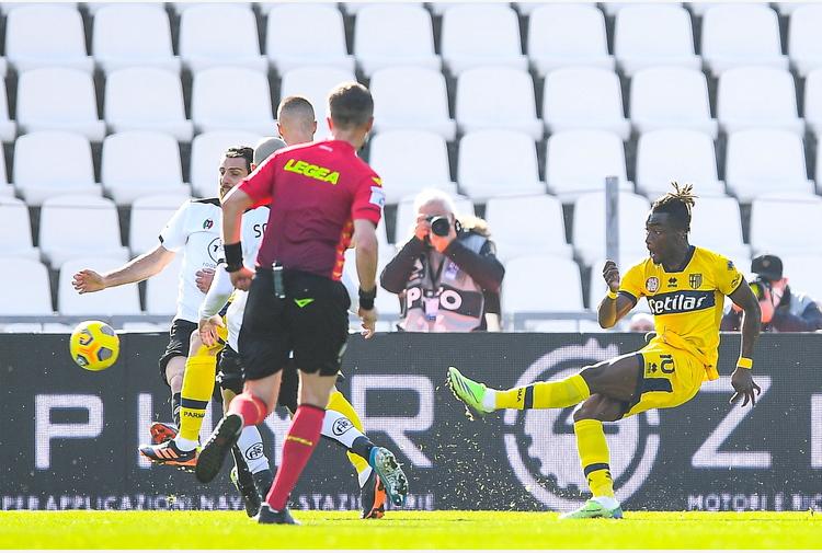 D'Aversa si rammarica 'Peccato, ma il Parma è vivo'