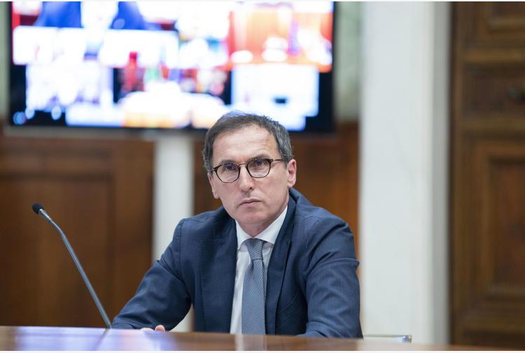 Covid: Boccia (Pd), cancellare debiti famiglie in pandemia
