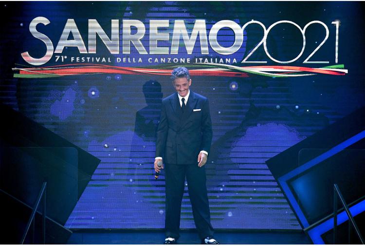 Sanremo: Fiorello, senza pubblico una comicità più musicale