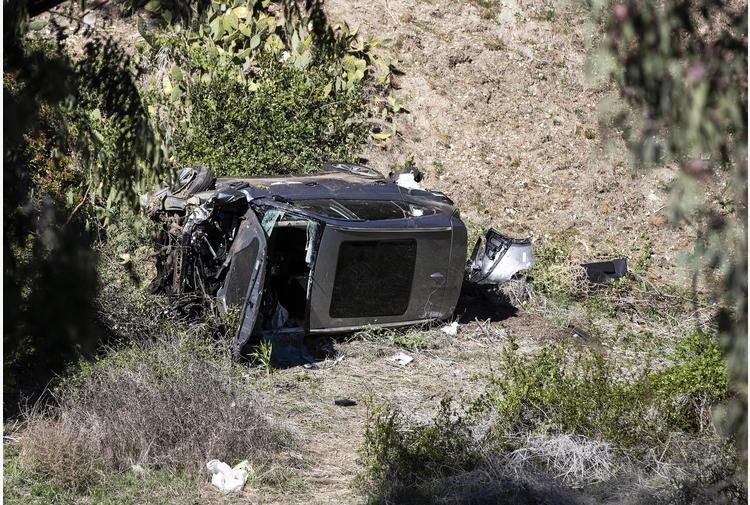 Golf: Woods, indagini sulla scatola nera dell'auto
