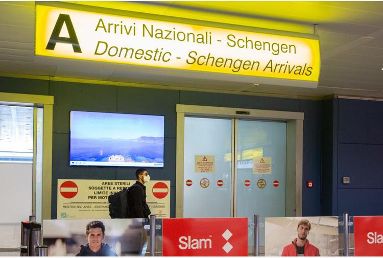 Sardegna bianca:tende in porti e aeroporti per test ingresso