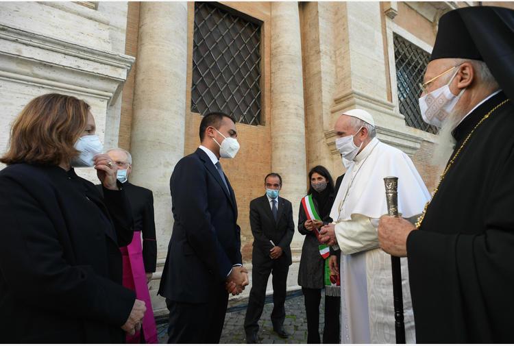 Papa: Di Maio, 'in Iraq una preghiera per chi soffre'