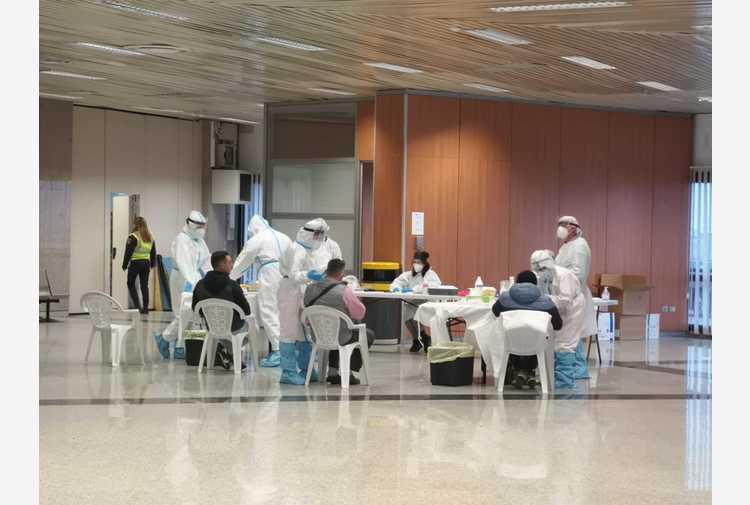 Sardegna bianca:passeggeri promuovono test 'ma più celerità'