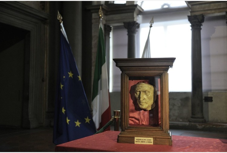 Dante, pubblicato il bando per le iniziative dei Comuni toscani